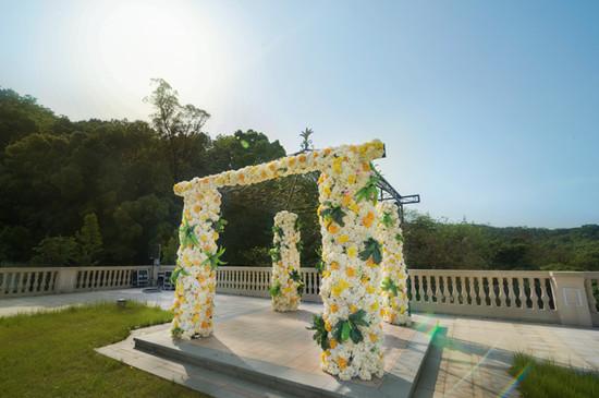 雪山饭店打造云端婚礼广场